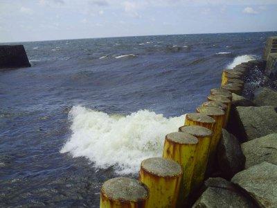 Viel Wind und Viel Welle in Darwolo