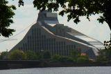 Stadtbesuch in Riga zu nachtschlafender Zeit