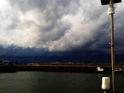 Schlechtwetter in Dirhami